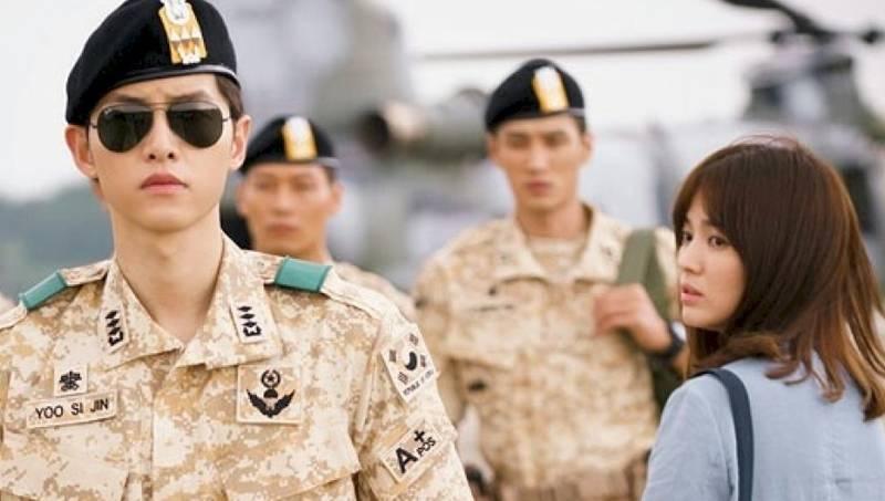 song-joong-ki--song-hye-kyo_1456950155_af_org