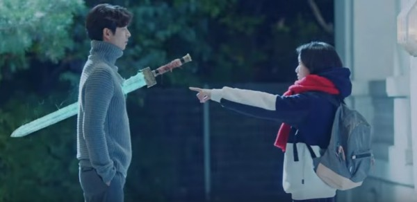 actors-gong-yoo-and-kim-go-eun-in-the-episode-3-of-drama-series-goblin